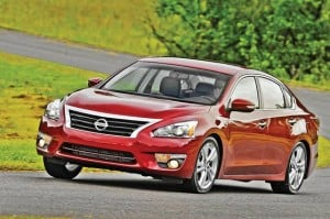 2013 Nissan Altima: All-New Sedan Earns 38 mpg