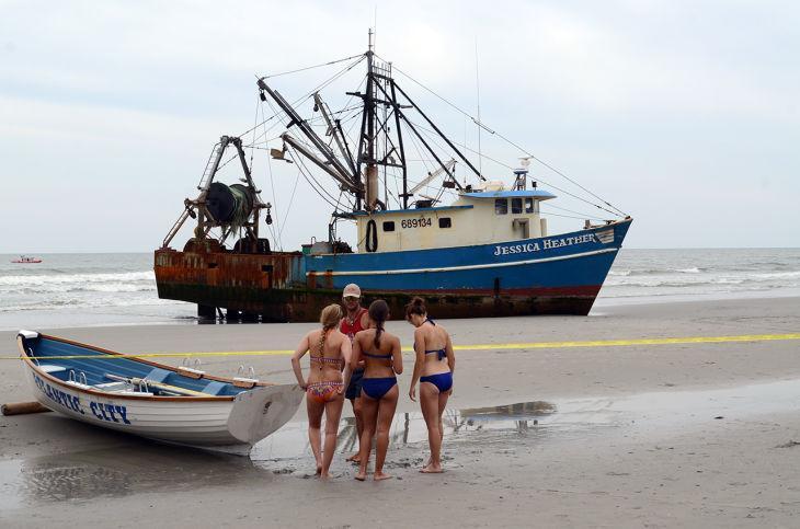 Fishing vessel runs aground