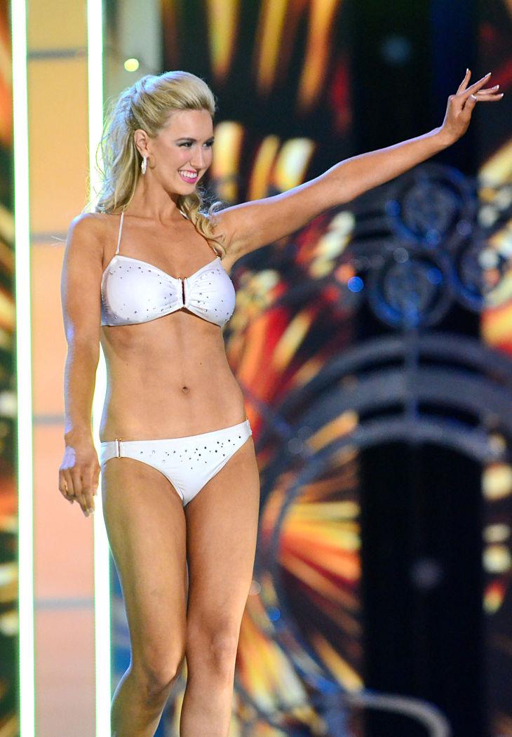 Jessica Korda S... Jessica Stroup Hot