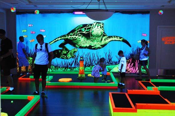 GlowGolf fills a hole at A.C. pier with fun