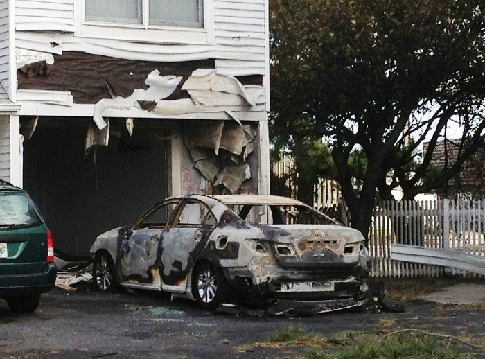 car fires112759419.jpg