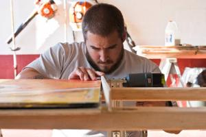 Cape May man uses art to raise funds for Sandy relief