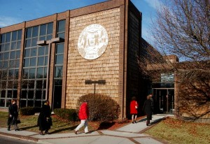 EHT seeks bids for liquor license