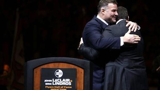 Lindros and LeClair in Flyers Hall of Fame