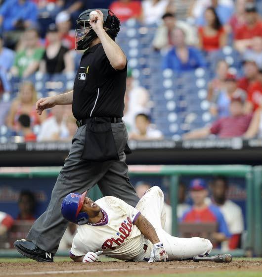 Revere's broken foot complicates Phillies' immediate future