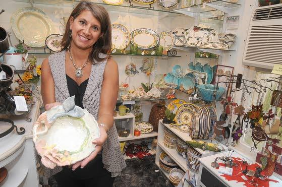 Merry Goldfinch offers artsy handmade jewelry, pottery in Historic Smithville