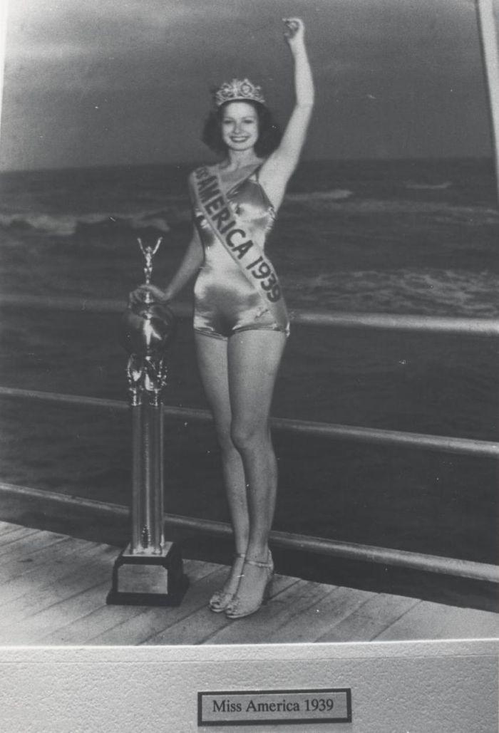 Miss America 1939 004.jpg