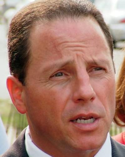 Nelson Albano (D) incumbent