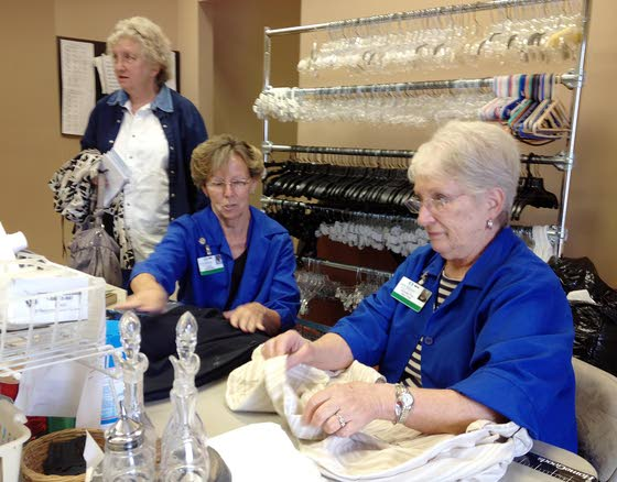 Thrift shops help local hospitals' expand services