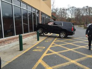 SUV slams into Absecon ShopRite