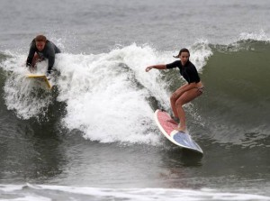 Surf's up: 4 teams advance in all-female event