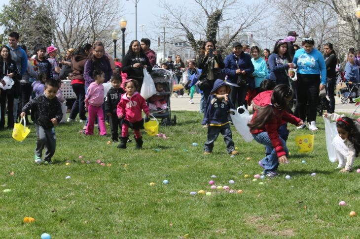 AC EGG HUNT