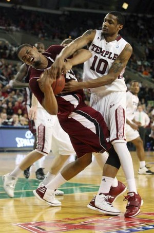 Temple tumbles hard: UMass beats top seed