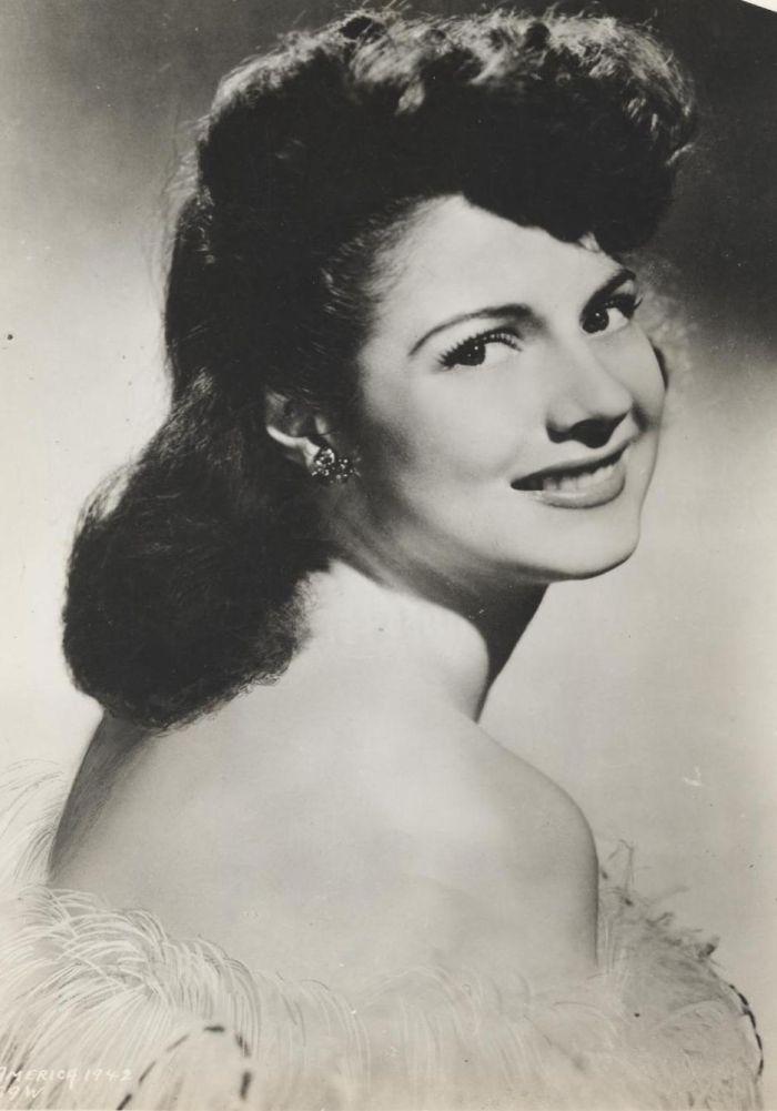 Miss America 1942 001.jpg