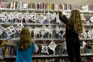 cape 09 Snowflakes for Sandy Hook