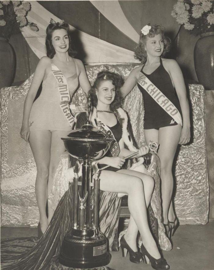 Miss America 1942 002.jpg