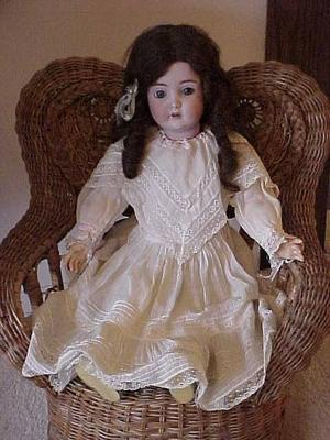 Antiques & Collectibles: Antique dolls continue to charm collectors