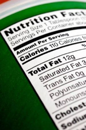Health briefs: Benefits to reading food labels, lowering cancer risk in older men, reducing premature births
