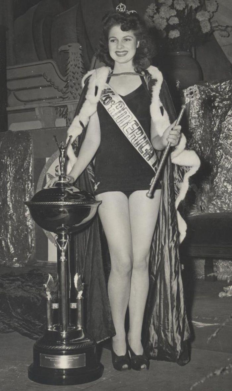 Miss America 1942 003.jpg