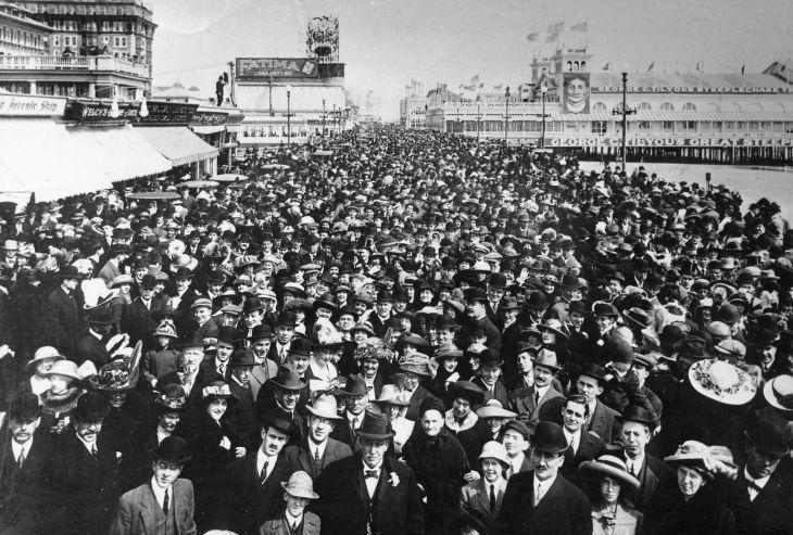 Easter 1920.jpg