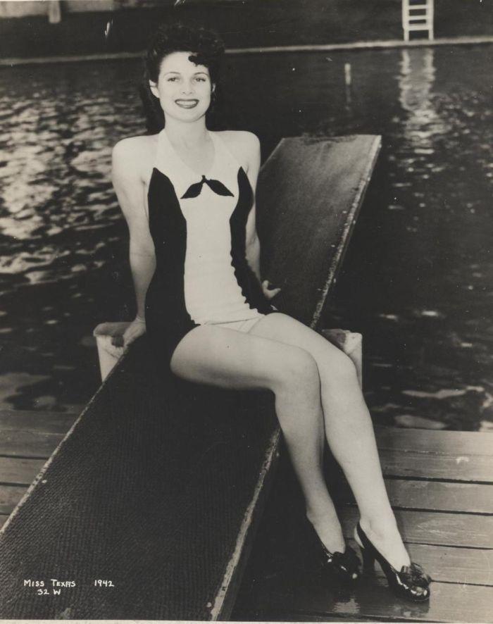 Miss America 1942 004.jpg
