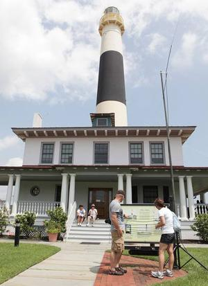 Absecon Lighthouse draws in visitors to celebrate National Lighthouse Day