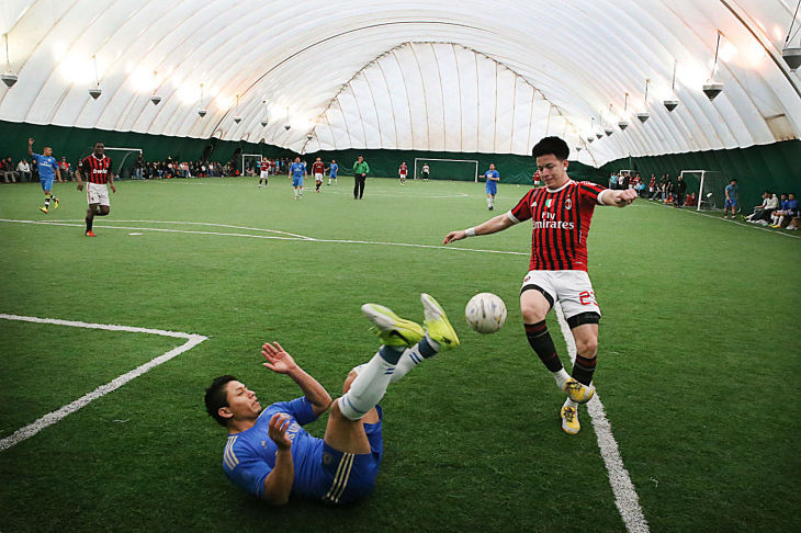 Hispanic indoor soccer league