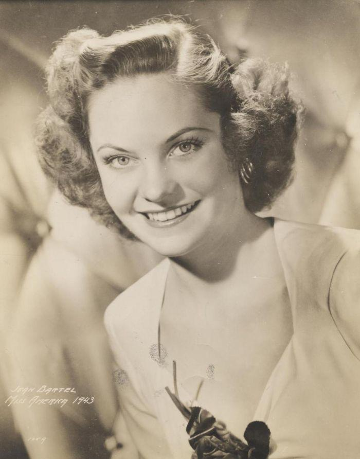 Miss America 1943 002.jpg