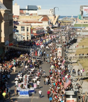 "Miss America Parade: A view of the parade from the Caesars walkway. Miss America ""Show Me You Shoes"" Parade on the Atlantic City Boardwalk Thursday Sept. 12, 2013,. (Dale Gerhard Photo/Press of Atlantic City) - Dale Gerhard"