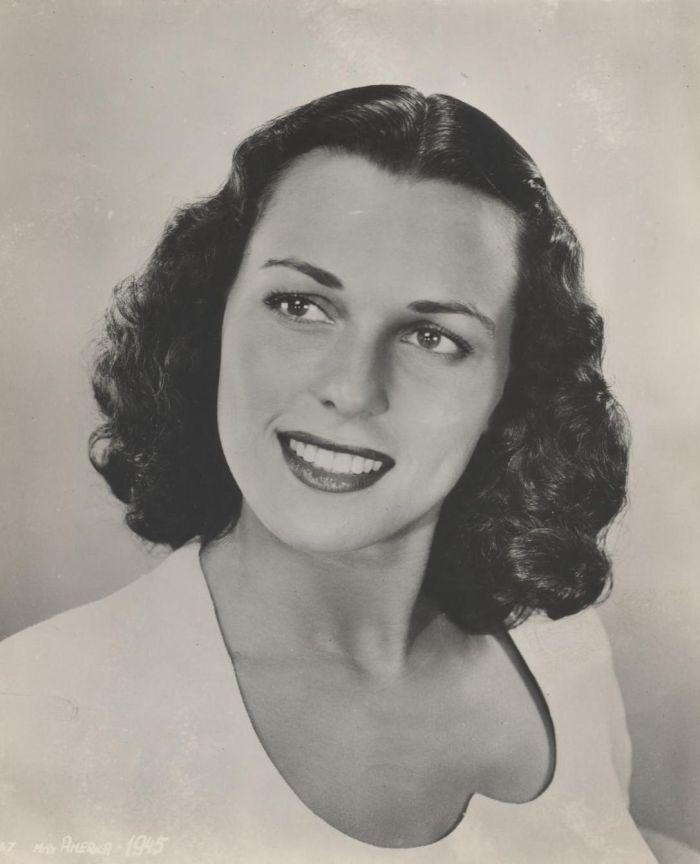 Miss America 1945 001.jpg