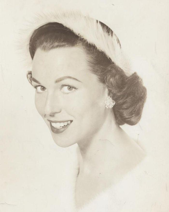 Miss America 1945 002.jpg