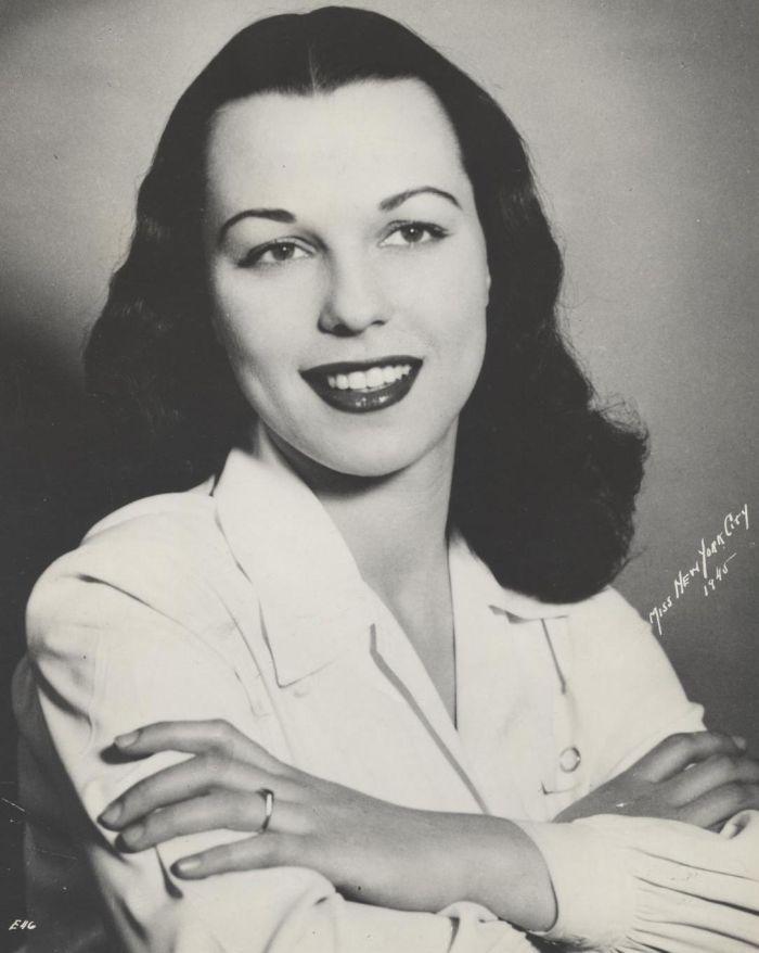Miss America 1945 003.jpg