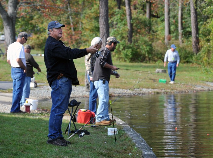 Fall fishing draws cast of thousands in new jersey for Trout fishing nj