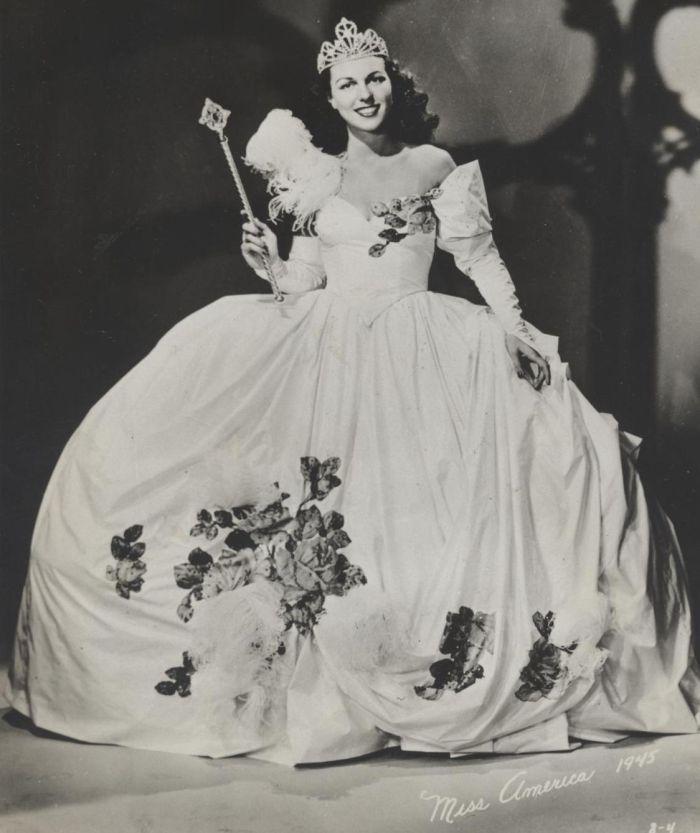Miss America 1945 004.jpg