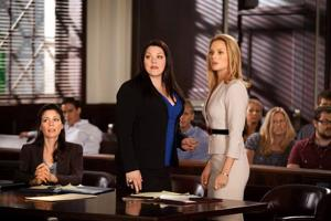 With 'Drop Dead Diva,' 'Huge' and 'Mike and Molly,' TV starts to get over its issues with weight