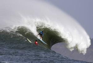 South African takes on 50-foot waves to win Mavericks surfing contest in California