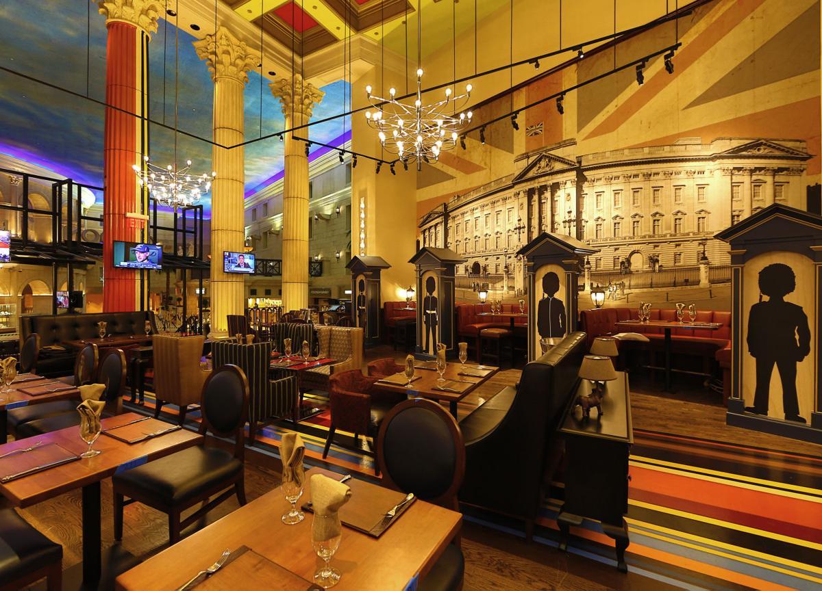 Gordon ramsay 39 s atlantic city restaurant ready to wow for Hell s kitchen restaurant la