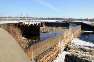 Report says installation of fish ladder resulted in holes in Lake Lenape dam