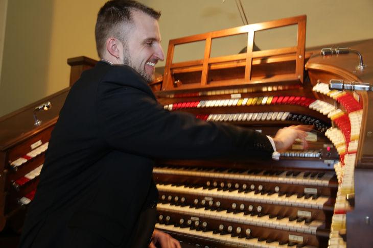 pirate organ