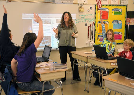 Attales fifth-grade teacher in running for Mason's state Educator of Year title