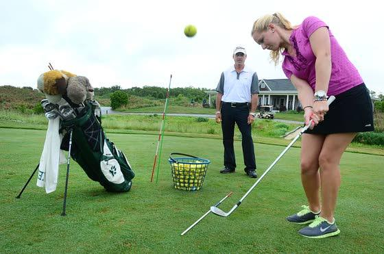 Get in the Swing of ThingsAcademies help golfers right their wrongs on the course