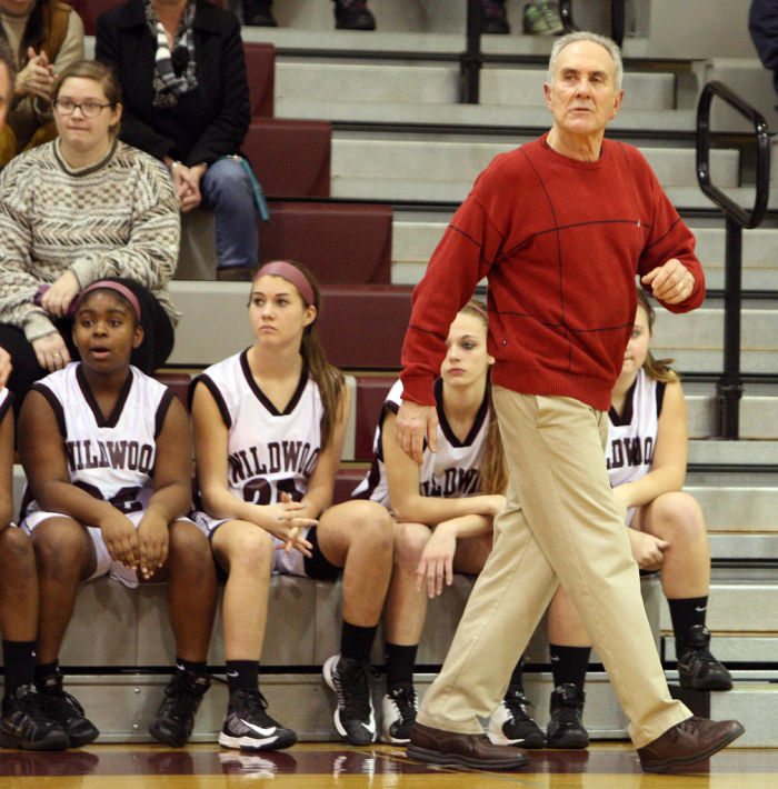 wildwood basketball coach dave troiano gets 600th