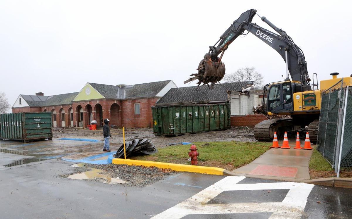 Demolition Begins On Parkway Rest Stop Absecon Galloway Port Republic