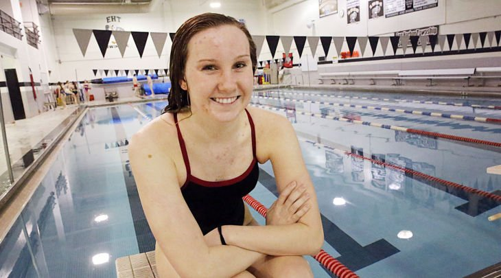 Girls Swimmer of the Year - Amanda Nunan