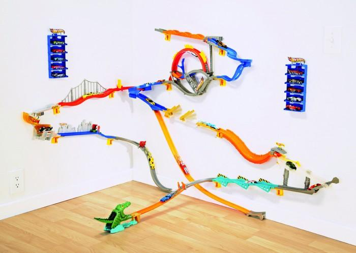 Hot Wheels Wall Tracks World.jpg