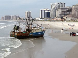 Fishing vessel freed after running aground at Missouri Avenue in Atlantic City