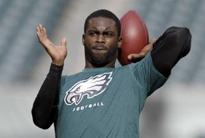 Vick says he still wants to start