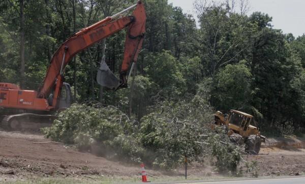 Parkway Widening (Dev. Update)
