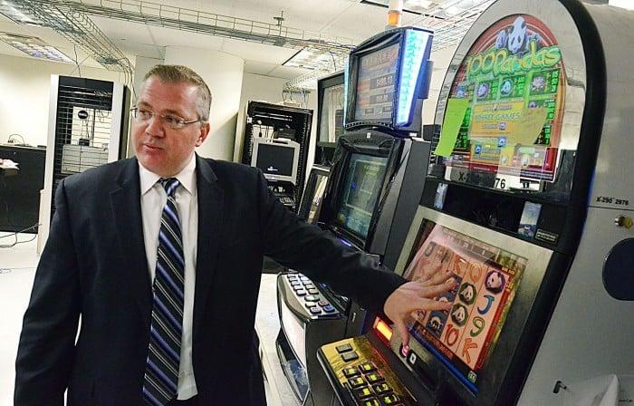 server based slot machine