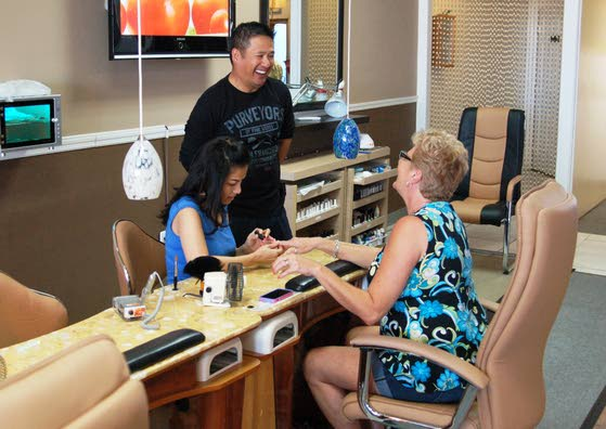 Couple from Vietnam shape their nail salon